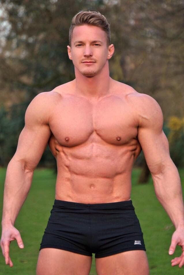 Sexy muscle man porn