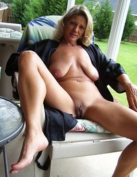 Naked horny housewives amateur